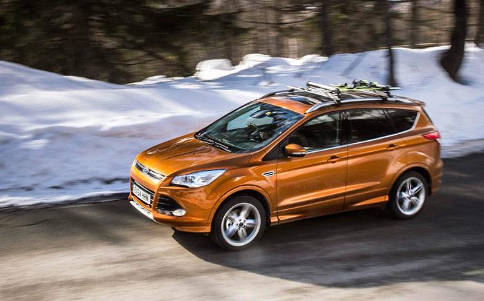 El Kuga fue el primero de estos SUV que se diseñó bajo el paraguas del Kinetic Design, que ha inspirado a la práctica totalidad de los Ford aparecidos en este década, a partir de 2010.