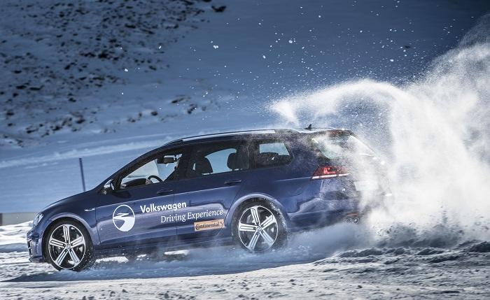 Curso de conducción en hielo y nieve. En Andorra, con Volkswagen y km77.com. 170 €.