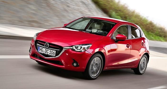 Mazda está aplicando  el estilo de diseño Kodo a toda su gama, de modo que vistos de frente, todos los Mazda se parecen mucho. Bueno como imagen de marca, y tal vez perjudicial para los modelos más altos de gama.