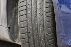 Estado final del neumático delantero derecho (tras 16 pasadas).