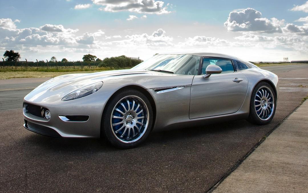 Lightning GT: un deportivo completamente eléctrico con cuatro motores y más de 600 CV.