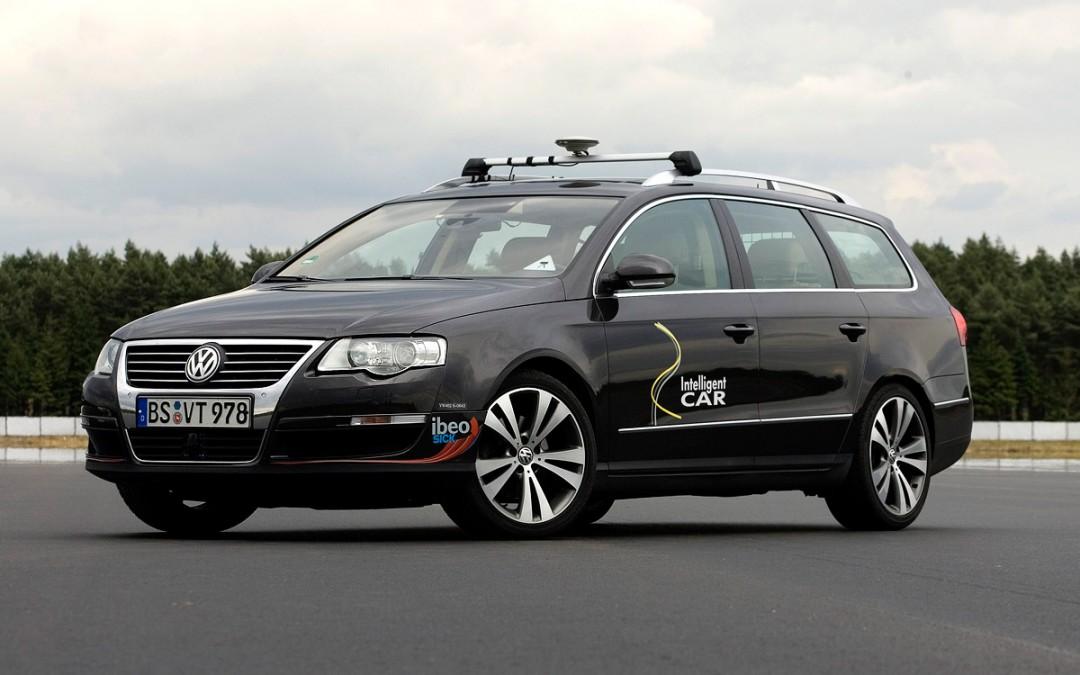 """iCar, el """"coche inteligente"""" según Volkswagen."""