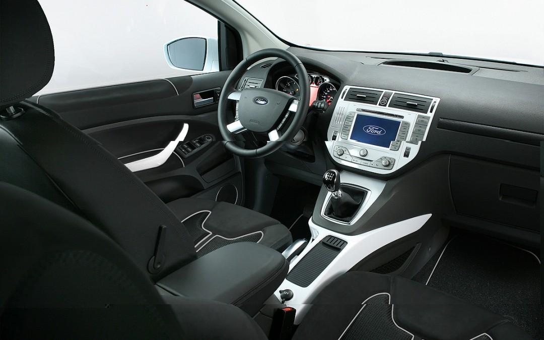 Ford Kuga 2010 ya en venta. Nuevos motores y cajas de cambio.