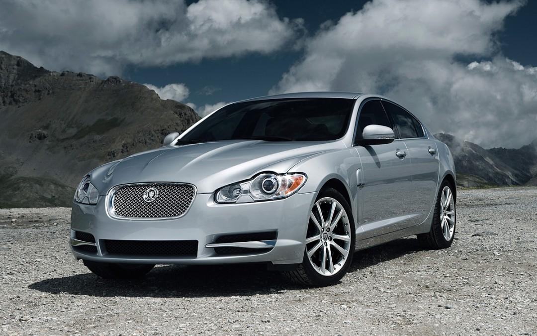 Nuevas versiones Diesel del Jaguar XF -con 241 y 275 CV- ya a la venta!