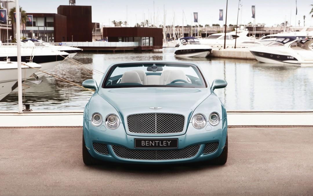 Detroit 2009. El regalo de Reyes de Bentley se llama GTC Speed! Máximo lujo y potencia para este descapotable!