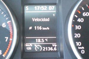 Volkswagen Golf. 100.000 km. Velocidad promedio.