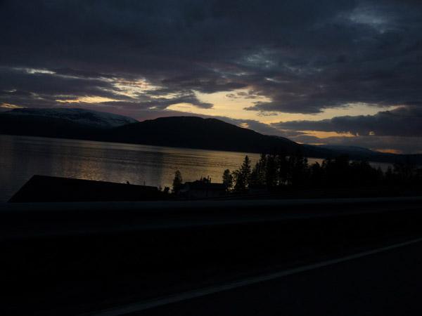 0009-Fiordo. Mo i Rana. Luz en el agua.