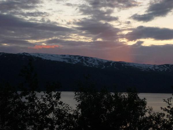 0012-Fiordo. Mo i Rana. Luz en el agua.