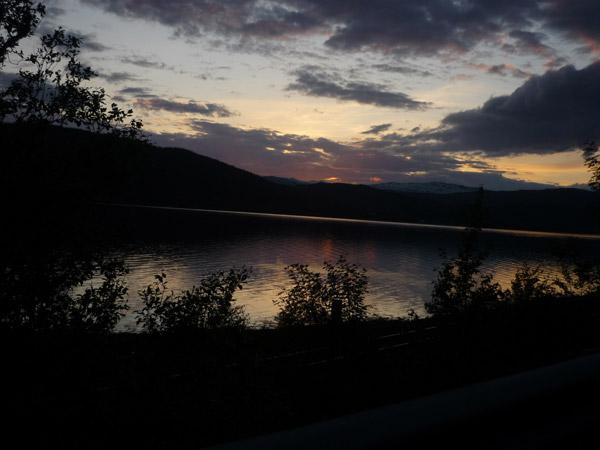 0015-Fiordo. Mo i Rana. Luz en el agua.