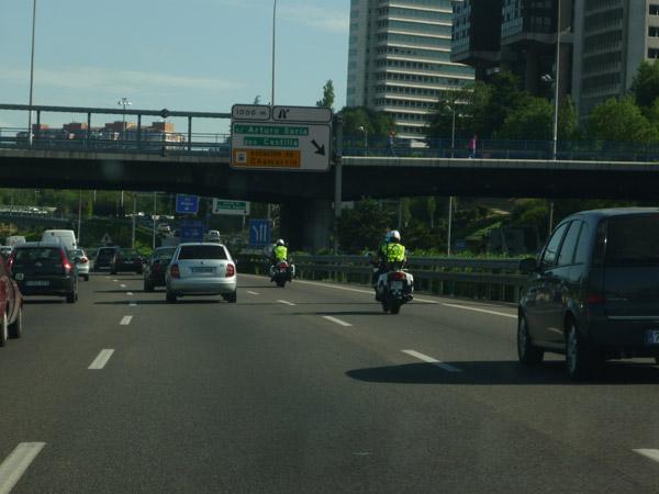 Volkswagen Golf. Círculo Polar Ártico. Madrid. Escolta policial.