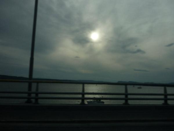 Oslo. Puesta de sol. Noruega. Del Trópico al Ártico.