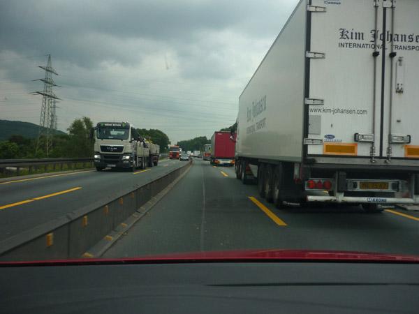 Alemania. Autopista. Obras. Paso estrecho.