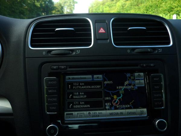 Volkswagen Golf. 100.000 km. Navegador. Destino Copenague.