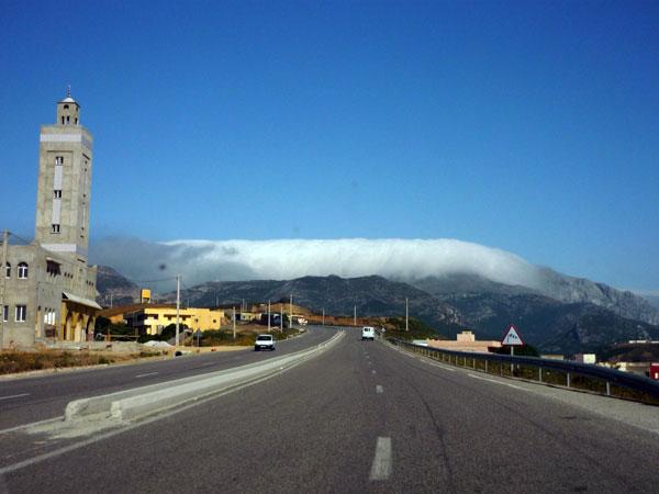 Cascada nubes. Marruecos.