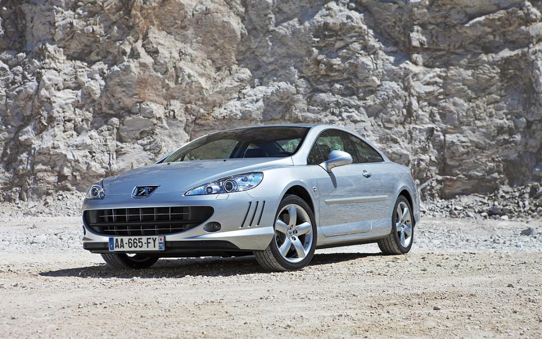 Cambios para el Peugeot Coupé 407. Nuevos motores Diesel.