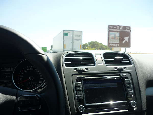 Pantalla del navegador. Volkswagen Golf VI.