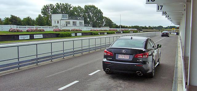 Lexus LFA. 415.000 motivos para no romperlo en Goodwood.