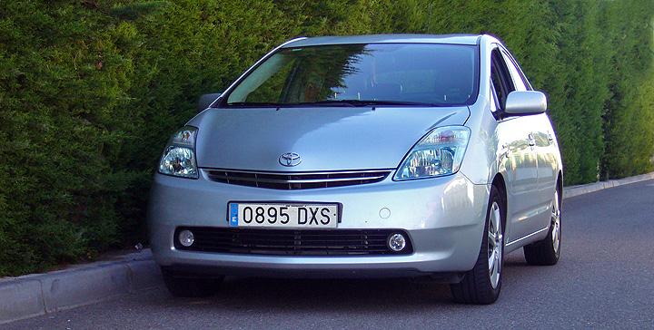 Al Prius le pesan los años o los kilos(-metros). (I)