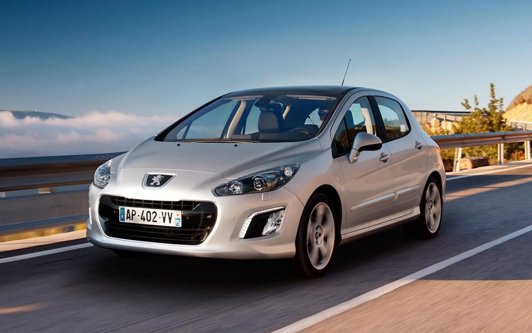 Nuevo Peugeot 308 disponible desde 16.980 Euros.