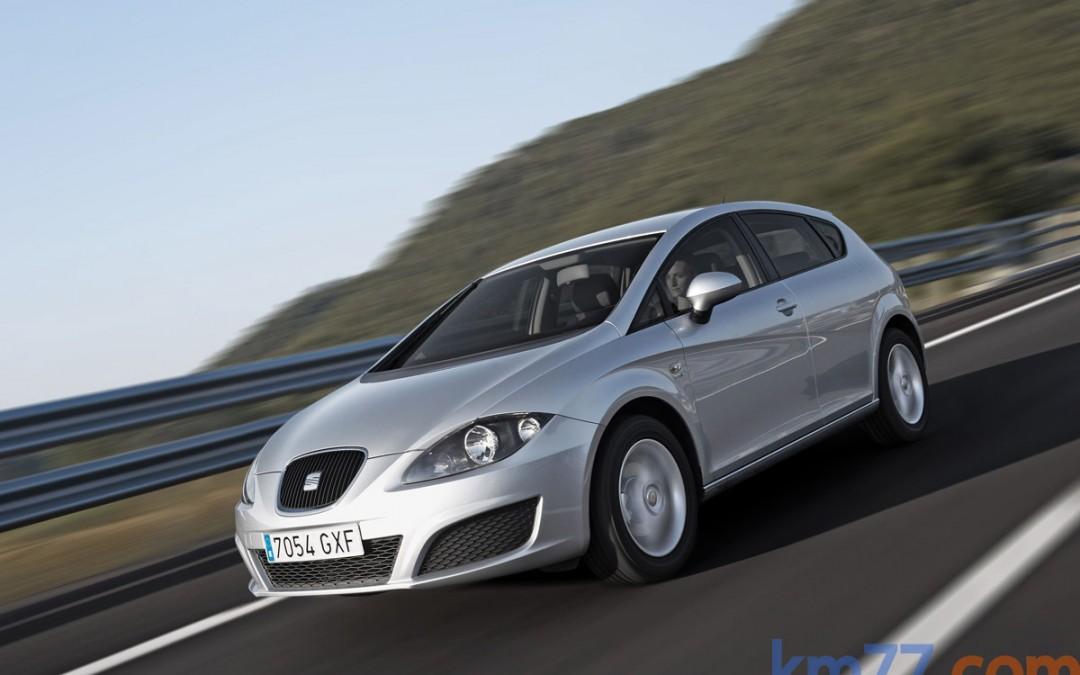 Nuevos motores y aspecto para el SEAT León FR: desde 125 CV y 19.550 €