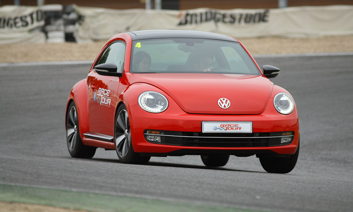 vw-race-tour-beetle tsi