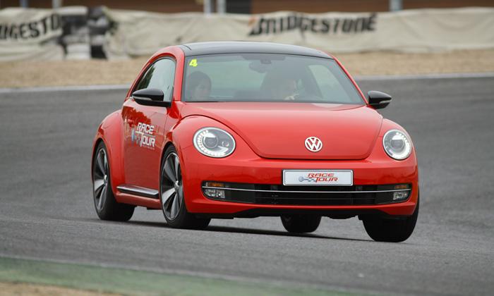 vw-race-tour-beetle tsi