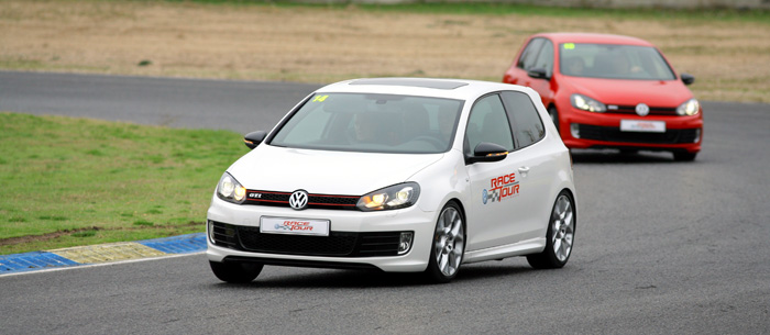 vw-race-tour-golf-gti