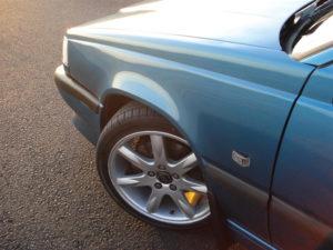 Volvo 850 R automático. Rueda delantera