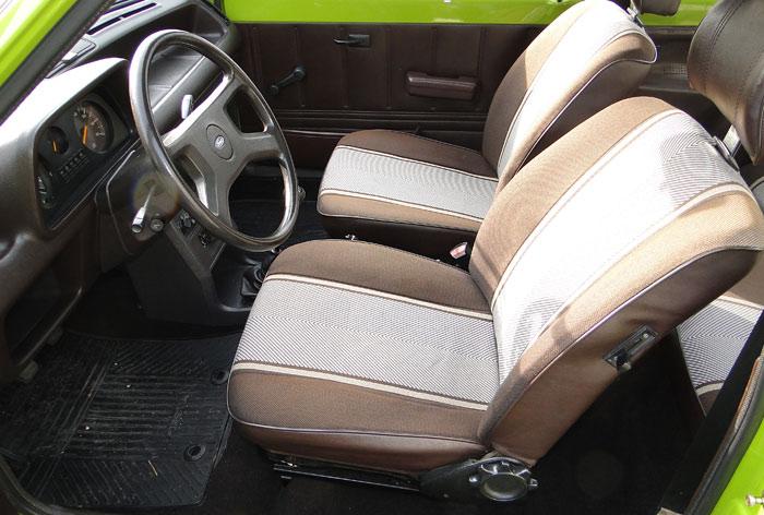 Ford Fiesta (1976). Asientos delanteros