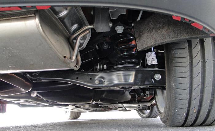 Audi A3 1.8 TFSI. Suspensión posterior