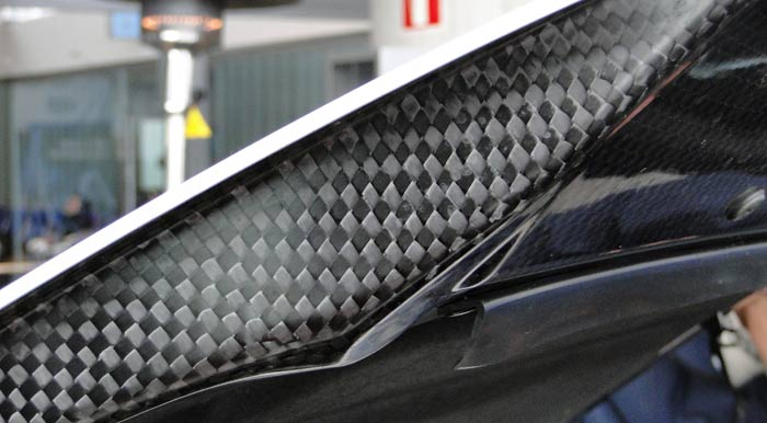 Lexus LFA. Capó
