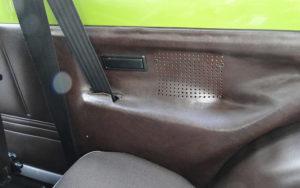 Ford Fiesta (1976). Anclaje de los cinturones de seguridad