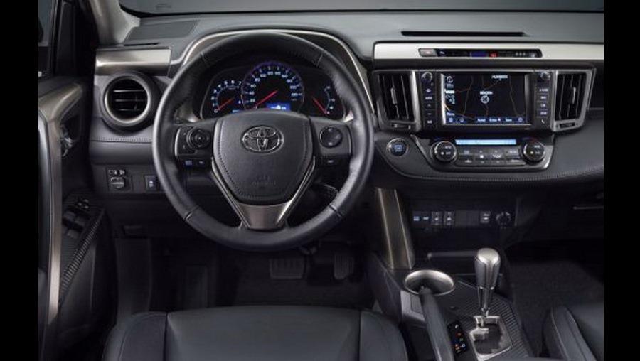 Primeras imágenes del Toyota RAV-4 2013