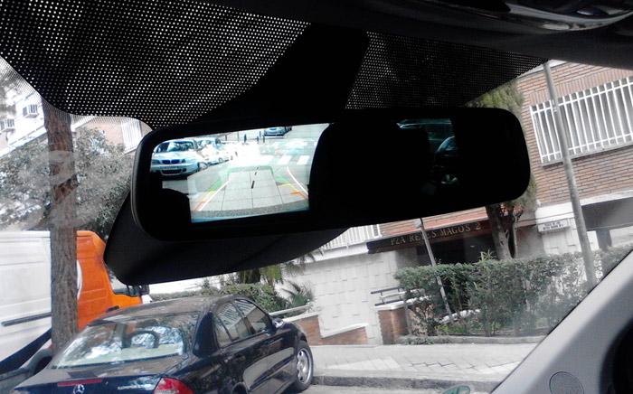 Ford Tourneo Custom. Espejo retrovisor con cámara de marcha atrás