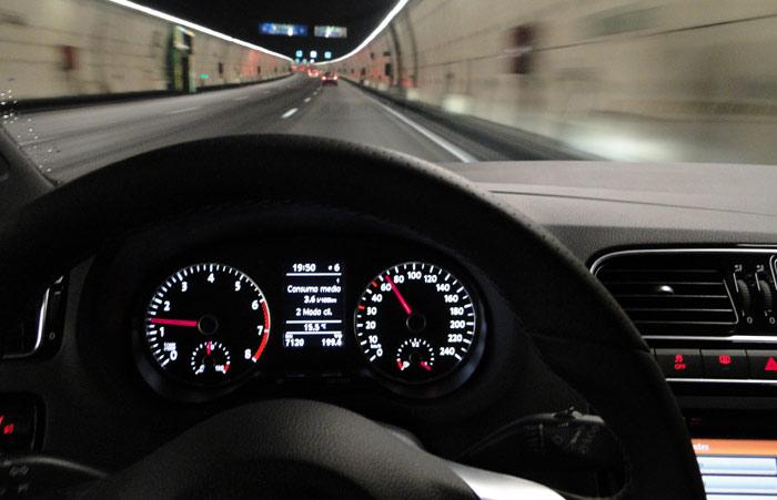 Volkswagen Polo BlueGT. Segundo recorrido de consumo por la M30. Sin programador de velocidad