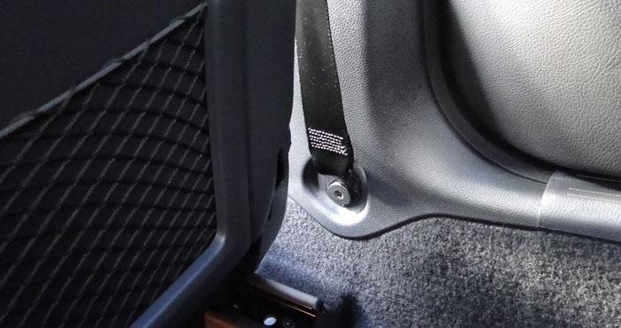 Mercedes-Benz Clase CLA. Aspecto de la sujeción del cinturón de seguridad a la carrocería