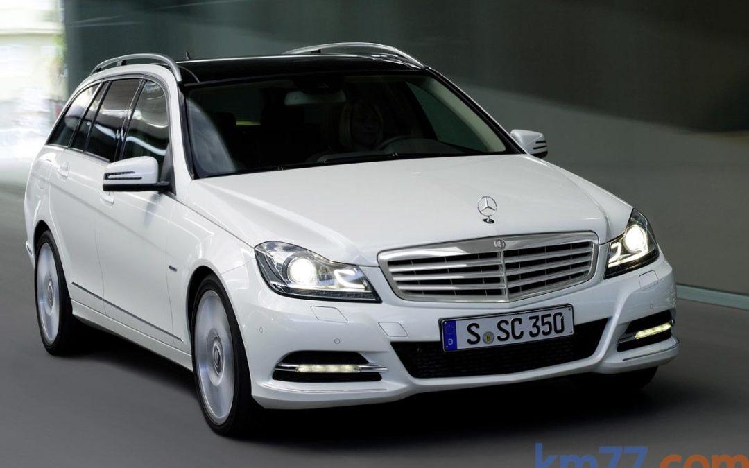 Mercedes-Benz Clase C Línea Sport, más equipamiento por el mismo precio