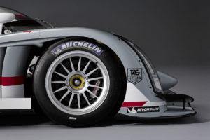 Vier Audi R18 e-tron quattro beim Testtag fuer die 24 Stunden von Le Mans