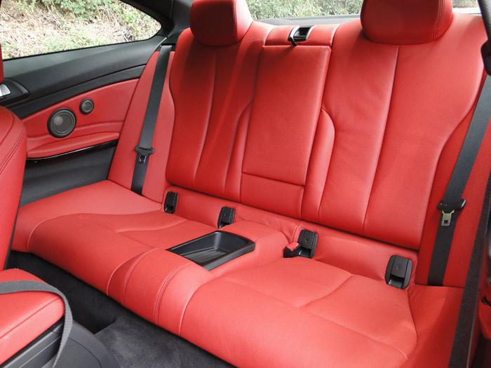 BMW Serie 4 Coupé. Asientos traseros