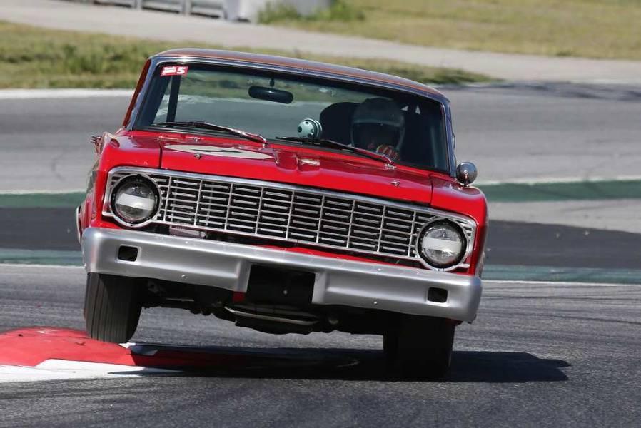 Festival de vehículos históricos en el Circuito de Jerez