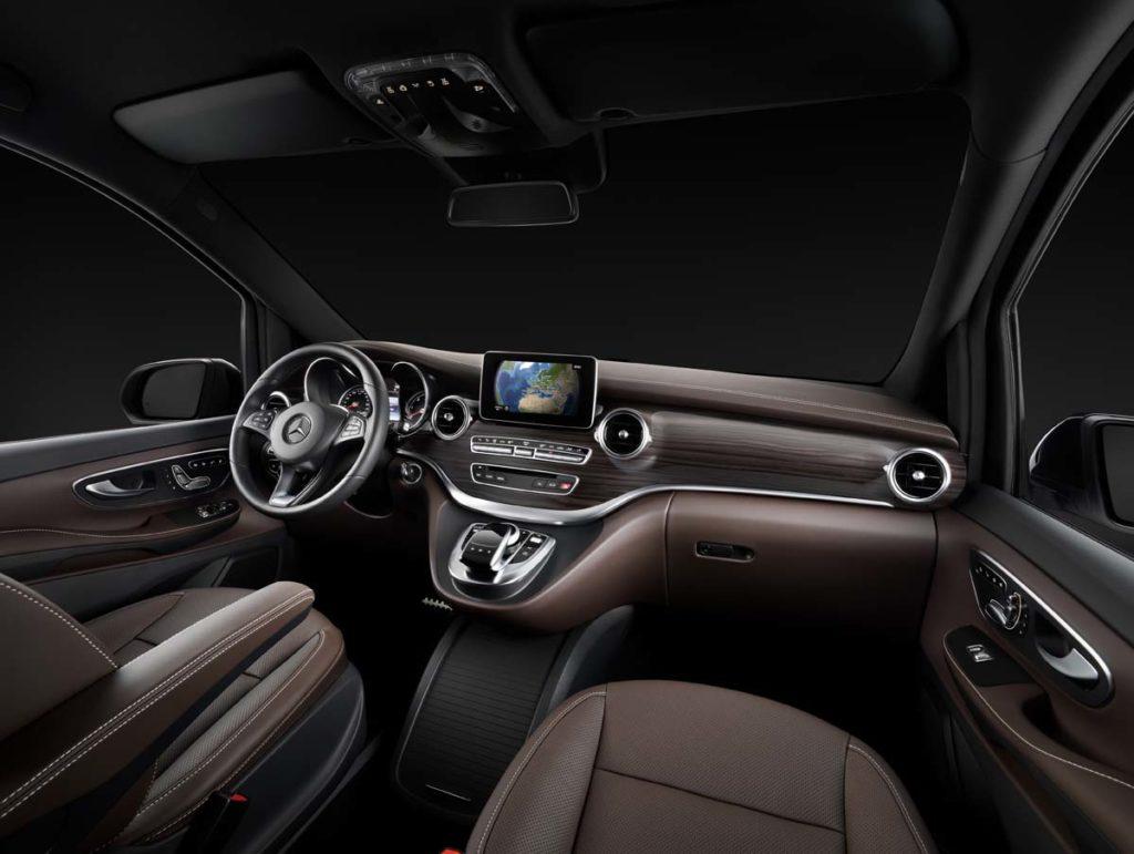 The new Mercedes-Benz V-Class ? Interior, Cockpit, TecDays 2013