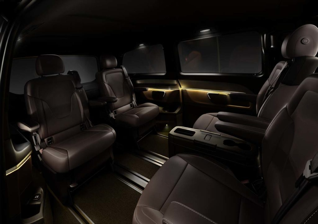 The new Mercedes-Benz V-Class ? Interior, Fond, TecDays 2013