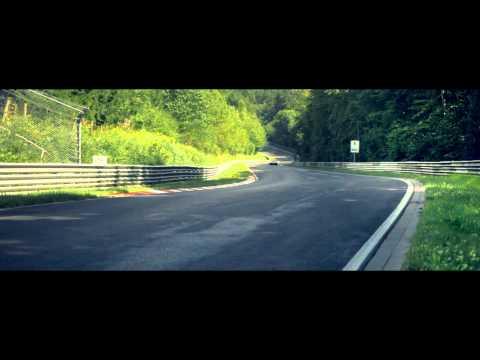Porsche contra McLaren en Nordschleife. La lucha por el mejor tiempo.