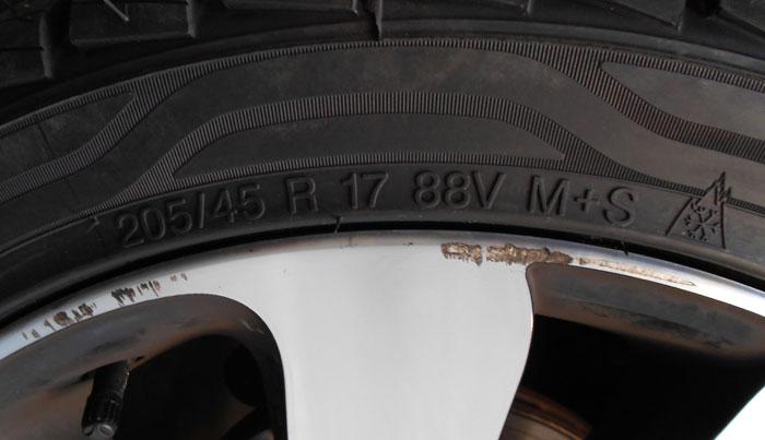 Renault Clio. Prueba de 120 000 km. Cambios de neumáticos
