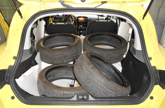 Decidimos quedarnos con las ruedas viejas, quizá para aprovecharlas en un futuro