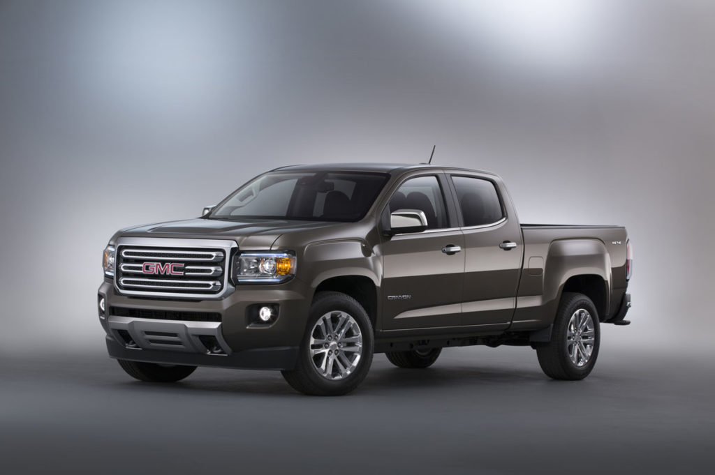 2015 GMC Canyon SLT Crew Cab Long Bed Front Three Quarter in Bro