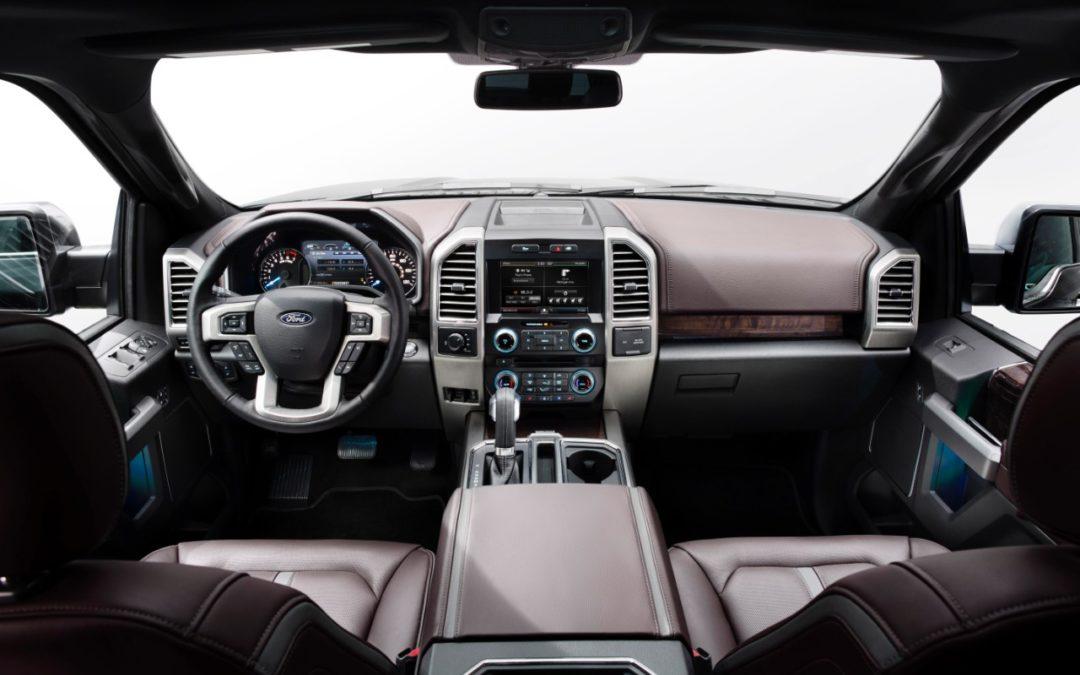 Ford renueva a la exitosa F-150. Más tecnología y menos peso.