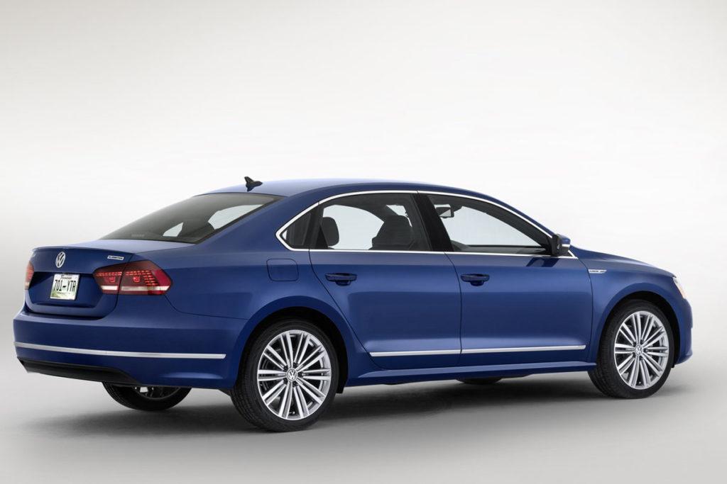 Volkswagen-Passat-BlueMotion-Concept-2[3]
