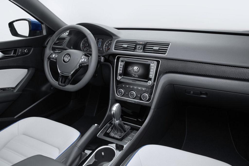 Volkswagen-Passat-BlueMotion-Concept-7[3]