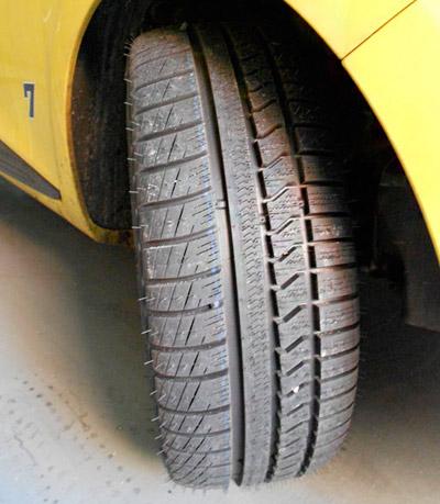 Prestaciones con 46 760 km y frenada con neumáticos «all season»